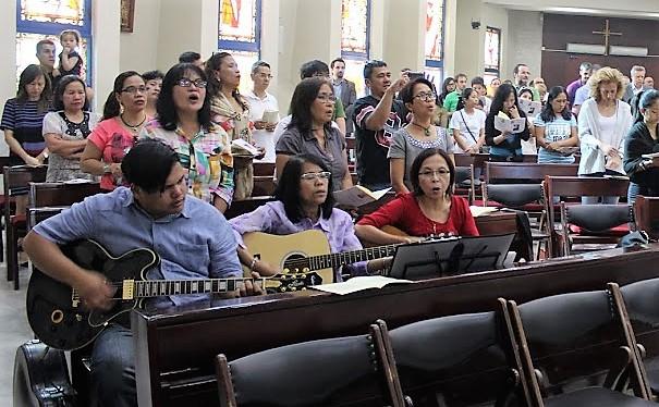 5-Choir-at-work